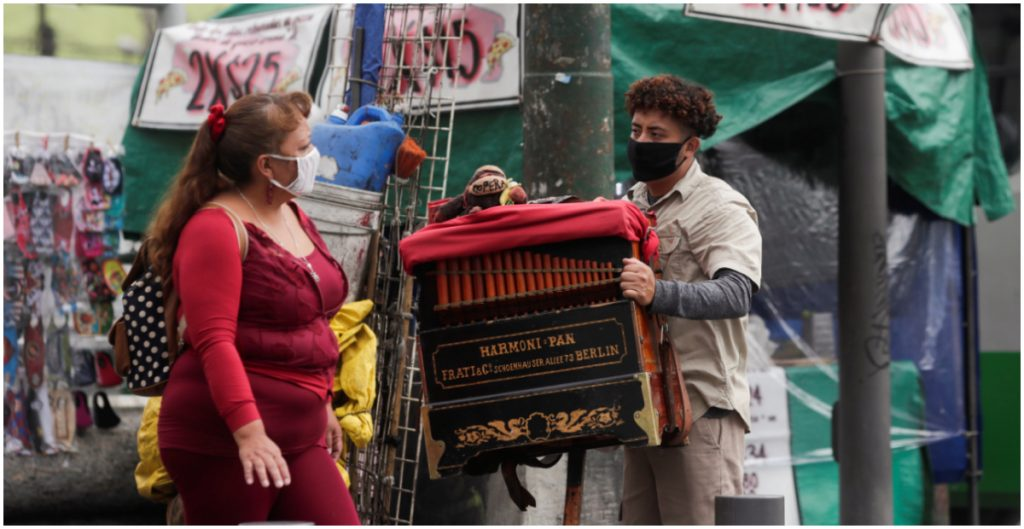 Según la experta, las muertes por Covid en México bajarían a 104 mil si al menos ocho de cada 10 personas usara cubrebocas