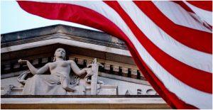 El ex abogado del FBI Kevin Clinesmith se declarará culpable de hacer una declaración falsa en el primer caso penal derivado de la investigación del fiscal federal John Durham sobre la investigación de los vínculos entre Rusia y la campaña de Trump de 2016.