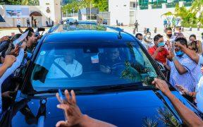 Bloquean paso de AMLO en Acapulco