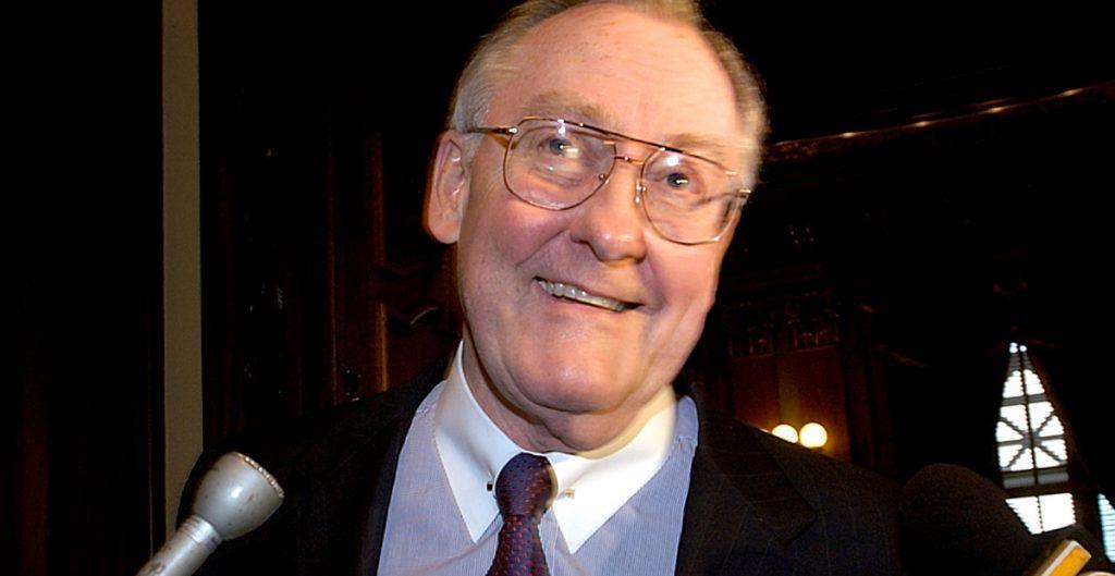 Muere el exgobernador de Illinois, James Thompson, a los 84 años