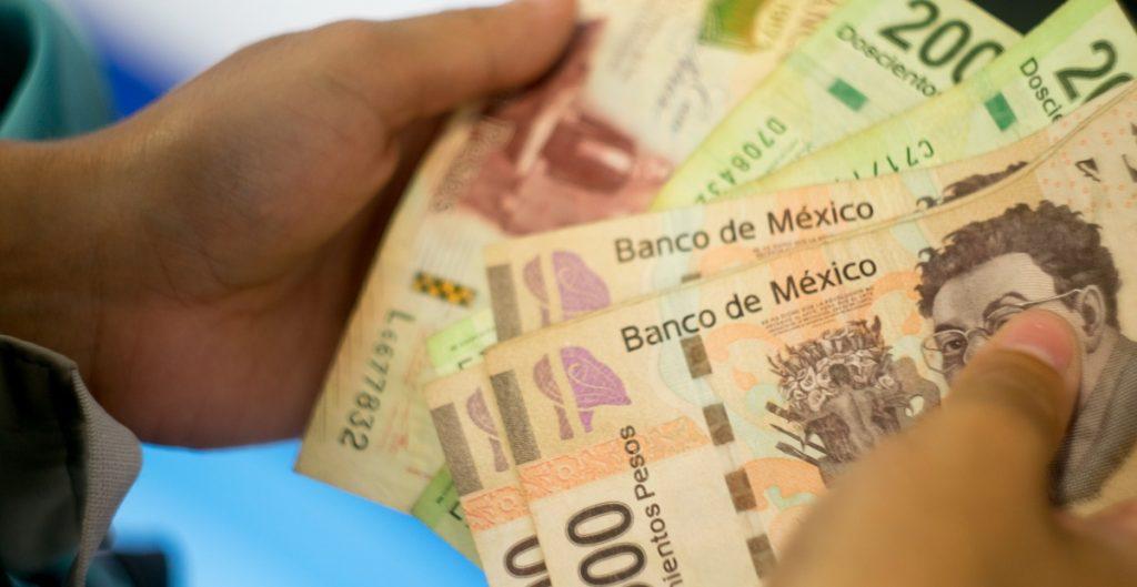 Hacienda pedirá a Banxico poder usar los 12 mil 200 mdd entregados por el FMI para pagar deuda del país