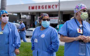 Al menos 900 trabajadores de salud han muerto por Covid-19 en EU