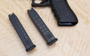 Corte desecha prohibición a cargadores de armas en California