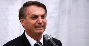 Casi la mitad de los brasileños dice que Bolsonaro no tiene culpa por las muertes de coronavirus: encuesta