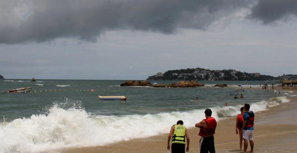 """Se forma la tormenta tropical """"Fausto"""" en el pacífico."""