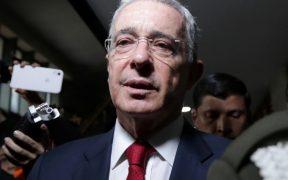 Álvaro Uribe renuncia a su curul en el Senado tras detención domiciliaria