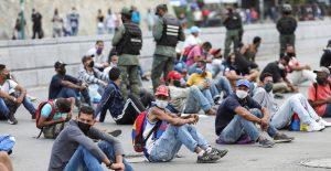 """Venezuela llama """"bioterroristas"""" a quienes pudieran tener Covid: NYT"""