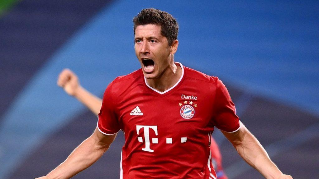 Lewandowski celebra el tercer gol del Bayern ante Lyon. (Foto: EFE)