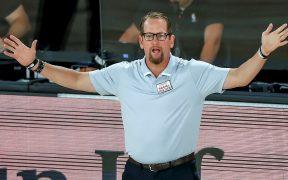 Nick Nurse fue elegido el Entrenador del Año de la NBA. (Foto: EFE)