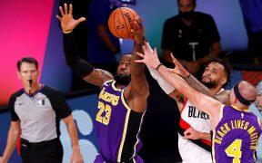 James destacó en el segudo triunfo de Lakers sobre Portland. (Foto: EFE)