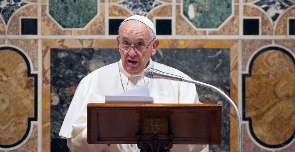 Papa Francisco recuerda a migrantes muertos hace 10 años en San Fernando, Tamaulipas