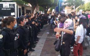 Mujeres acusan abuso policial y sexual durante protesta en Guanajuato