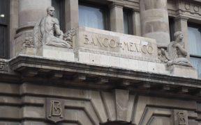 Banxico prevé una contracción de hasta un 12.8% en PIB 2020