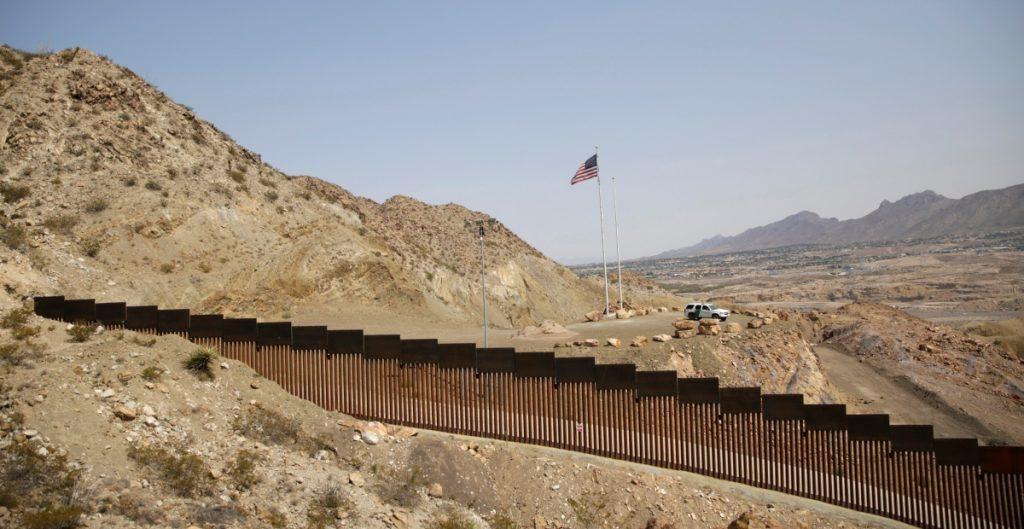 Descarta SRE reapertura de fronteras por festividades