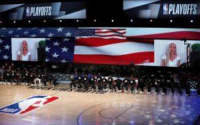 La NBA acordó con los jugadores reanudar los playoffs el sábado. (Foto: EFE)