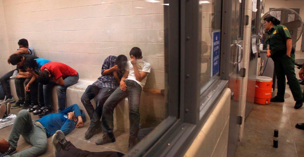 Colorado vacuna contra Covid a migrantes en centros de detención