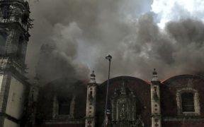 Se incendia iglesia en el centro histórico de la CDMX.