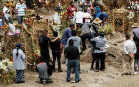 Los cementerios de la Ciudad de México, saturados por nuevo pico de muertes por la Covid-19
