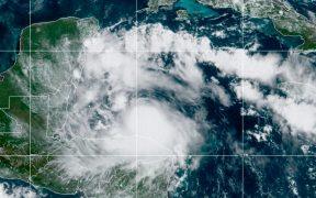 tormenta tropical Nana toca tierra en Belice