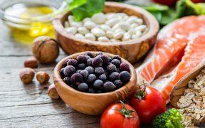Índice global de precios de alimentos sube por tercer mes seguido: FAO