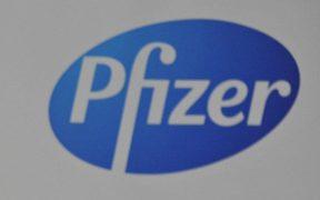 Pfizer espera tener resultados de los ensayos de su vacuna en octubre