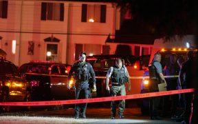 Policías detienen a más de 20 personas en Portland.