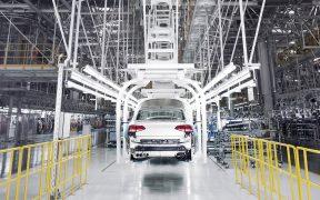 Cae producción y exportación de autos en agosto: Inegi