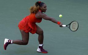 Serena Willams superó un mal inicio para doblegar a Stephens. (Foto: EFE)