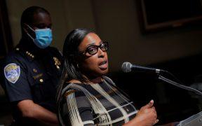 Alcaldesa de Rochester promete reformas policiales tras muerte de Daniel Prude