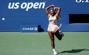 Serena Williams avanzó a cuartos de final del US Open. (Foto: EFE)