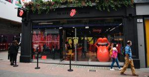 Los Rolling Stones abren su primera tienda en Londres