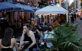Los restaurantes de Nueva York podrán atender a clientes en el interior