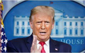 """Trump afirma que """"sabe más"""" que los expertos de CDC y FBI"""