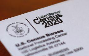 Corte federal determina que orden de Trump de excluir a los indocumentados del censo es ilegal