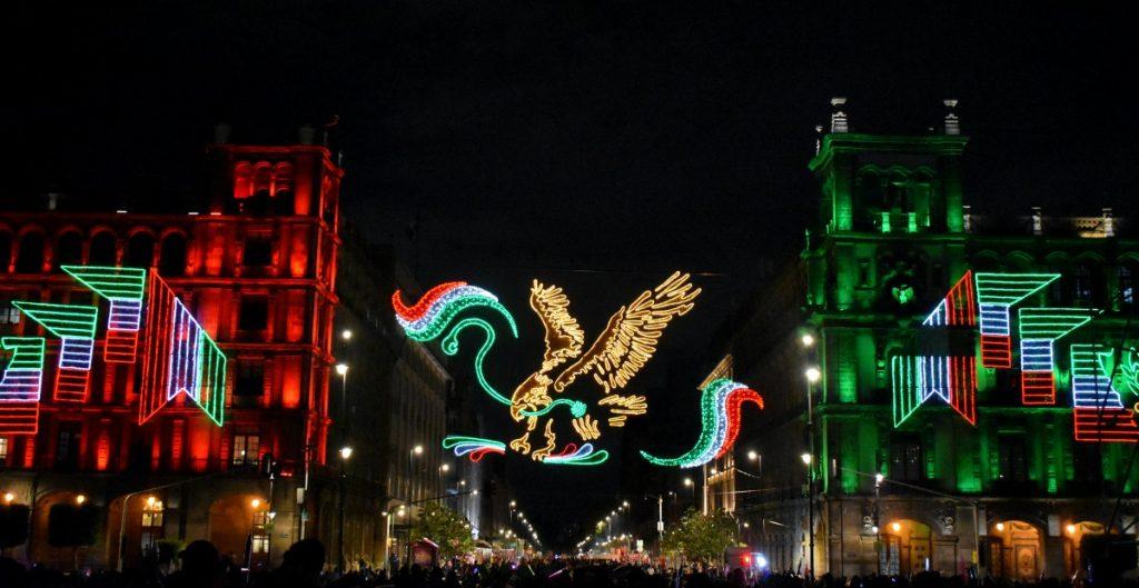 AMLO llama a los mexicanos a ver por televisión los festejos patrios