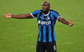 Lukaku no está de acuerdo con su calificación en el videojuego FIFA 21. (Foto: Reuters)