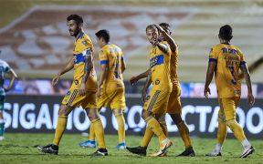 López cerró la cuenta en el último minuto a favor de los Tigres. (Foto: Mexsport)