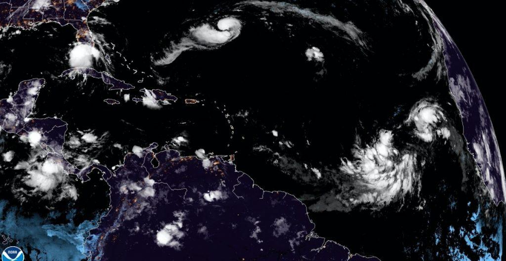 'Paulette' avanza hacia Bermudas con impacto de huracán