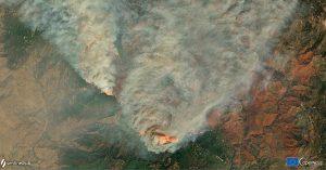 Imágenes satelitales muestran que humo de incendios de EU llega a Europa