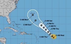 Teddy se convierte en huracán.