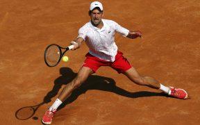 Djokovic avanzó a octavos de final en Roma, tras vencer a Salvatore Caruso. (Foto: EFE)