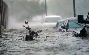 'Sally' se debilita a tormenta tropical y provoca lluvia e inundaciones