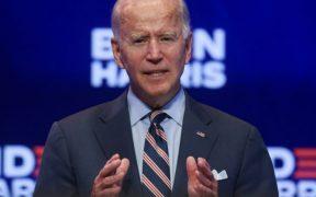 La Carrera Electoral: Trump confronta a sus expertos y Biden busca impulsar los cubrebocas