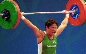 Soraya Jiménez ganó el primer oro olímpico para una mujer mexicana. (Foto: Mexsport)