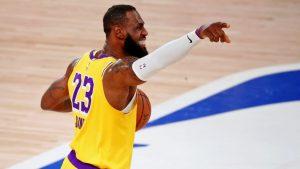 LeBron James quedó en segundo lugar en la votación al premio MVP de la NBA. (Foto: Reuters)