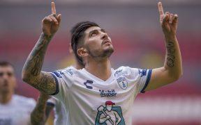 Víctor Guzmán celebra el gol del triunfo para el Pachuca frente al Atlas. (Foto: Mexsport)