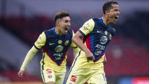 Giovani marcó su primer gol en un Clásico, suficiente para vencer a Chivas. (Foto: Mexsport)