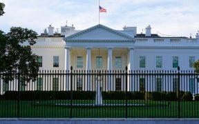 Arrestan a mujer acusada de enviar carta con ricina a la Casa Blanca