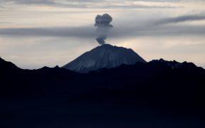 El volcán Sangay en Ecuador registra cientos de explosiones