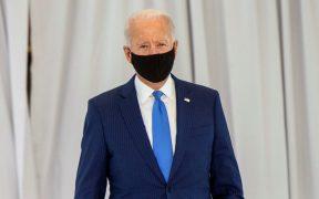 Biden tiene el apoyo del 62% de los votantes latinos, según encuesta